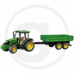 Bruder - Tracteur Bruder John Deere 5115M avec remorque à ridelles