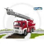 Bruder - Camion de pompier MAN rouge avec échelle, pompe a eau et module son et lumière