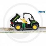 BRUDER - Véhicule tout terrain JOHN DEERE Gator XUV855D Vert avec figurine