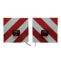 Jeu de plaques de signalisation avec support